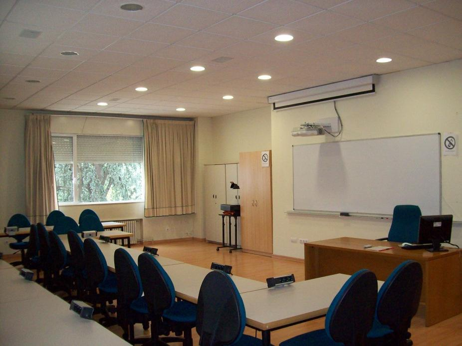 Audiovisual media classroom in the Vigo University School of Business Studies (E.U.E.E.)